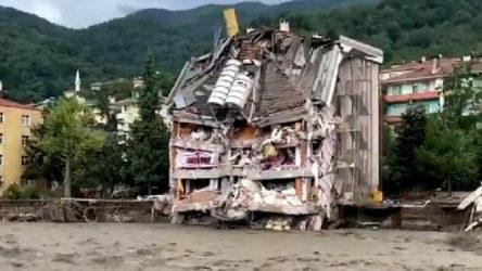 Selde yıkılan 8 katlı apartmanın müteahhidi tutuklandı