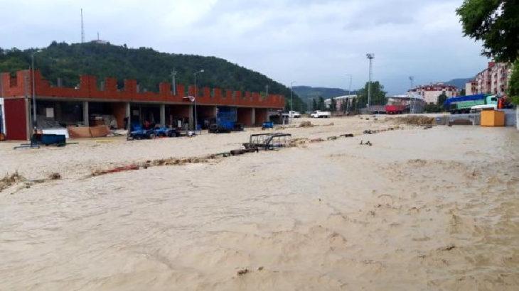 Afetzedelerin tahliyesi için Sinop'a 2 gemi gönderiliyor