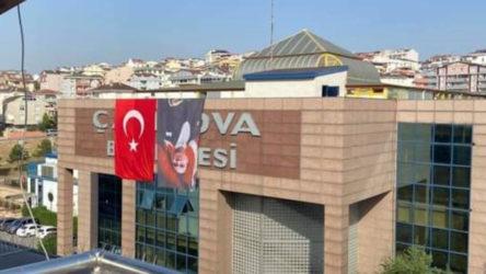 Atatürk posterini ters asan Çayırova Belediyesi: CHP zihniyeti, bizi uyarmak yerine fitne çıkardı