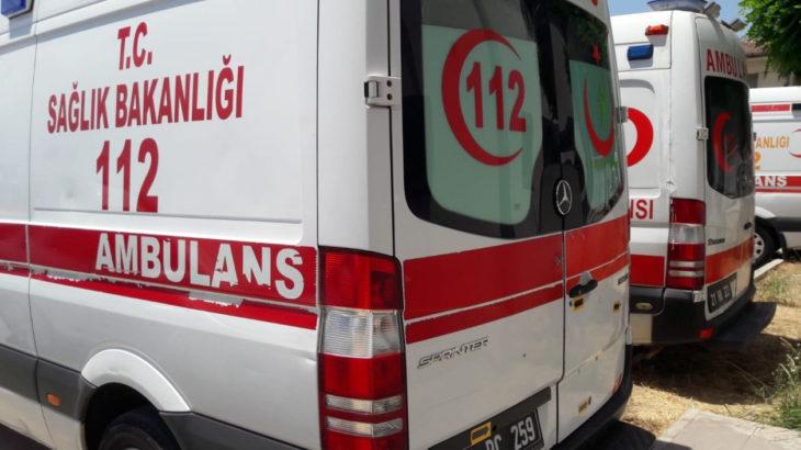 Dişi ağrıyan şahıs ambulans çağırdı: Ambulans gelmeyince kaldırım taşıyla sağlık istasyonuna saldırdı
