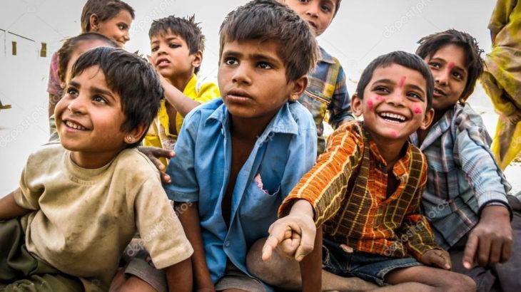 Hindistan'ın Firozabad şehrinde 'gizemli' yüksek ateşten, çocuklar ölüyor!