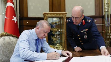 Erdoğan, Yüksek Askeri Şura kararlarını onayladı