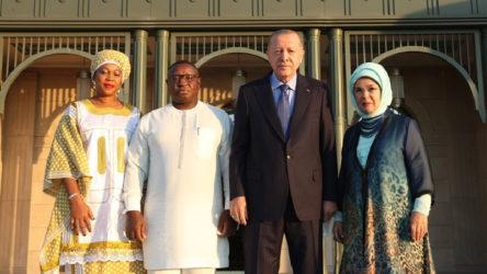 Erdoğan, Saray'da Sierra Leone Cumhurbaşkanı ile görüştü