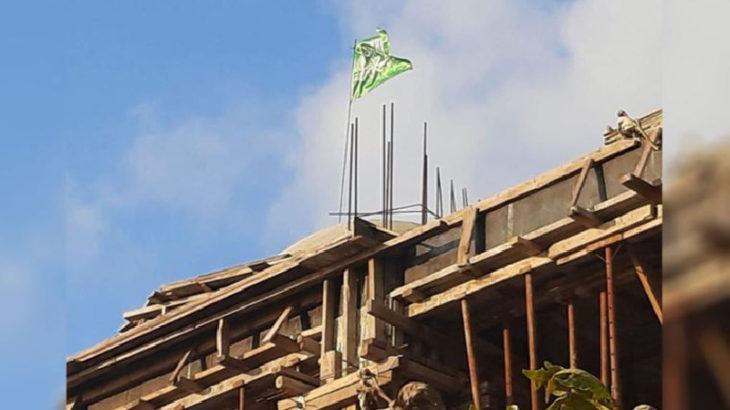 Diyanet cami inşaatına hilafet bayrağı astırdı