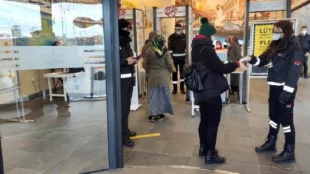 Karabük'te karantinada olması gereken kişi AVM'de yakalandı