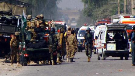 Pakistan'da Kerbela etkinliğine bombalı saldırı: 5 ölü 41 yaralı