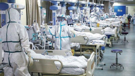 Koronavirüs nedeniyle bir doktor daha hayatını kaybetti