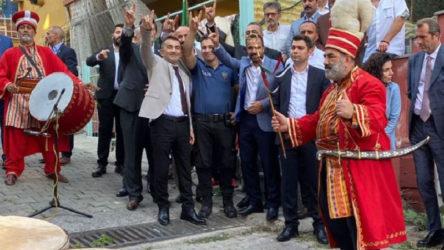 MHP'nin etkinliğine katılan emniyet görevlisine soruşturma