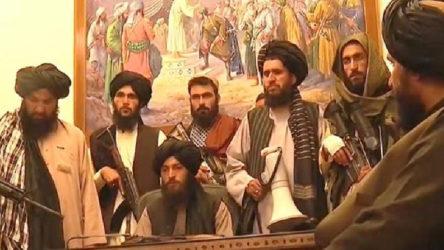 Taliban'dan açıklama: Afganistan'da demokratik sistem olmayacak