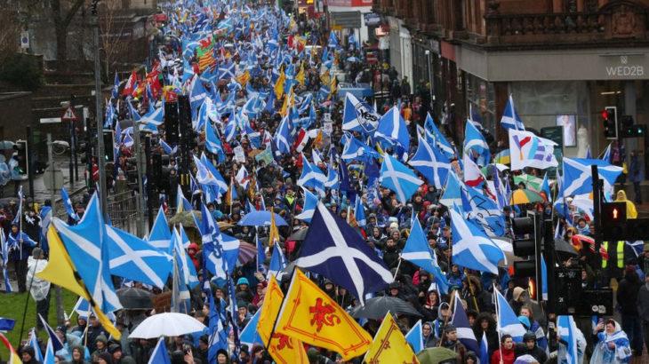 İskoçya tekrardan bağımsızlık referandumuna gidiyor