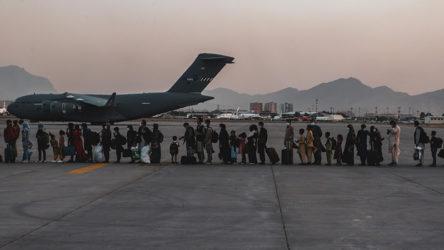 Kabil Hamid Karzai Uluslararası Havalimanı'nda iç hat uçuşları cuma günü başlayacak