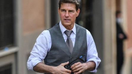 """Tom Cruise'un geçtiğimiz hafta çalınan aracında, """"Top Gun 2"""" filminin bir kopyasının olduğu ortaya çıktı"""
