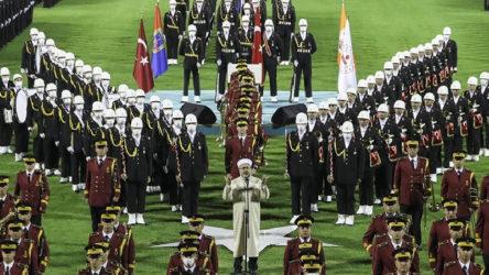 CHP'den Ali Erbaş açıklaması: Hepimizin çok saygı duyması gerektiği Diyanet'in başındadır