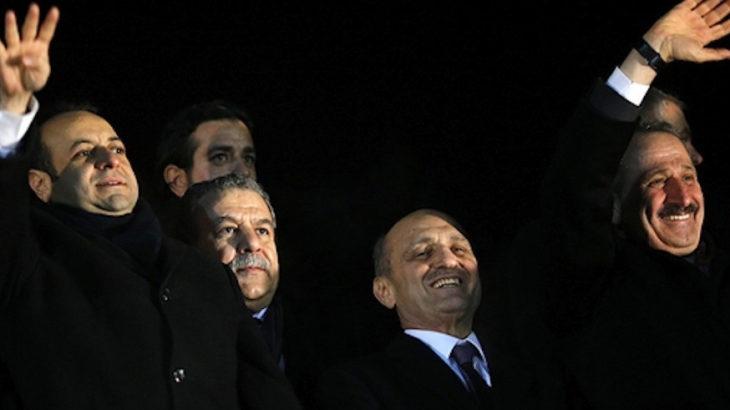 Bu soru Muammer Güler'e: Halkbank'ta parası çalınan MG sen misin?