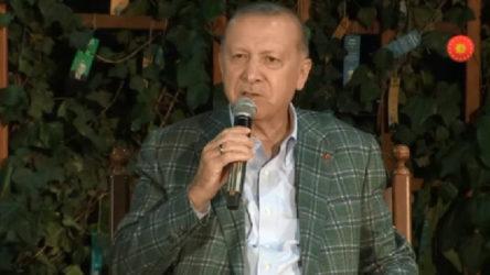 Erdoğan 'şiir' gecesinde: Şöyle bir dikili taşınız var mı, dikili bir ağacınız var mı?