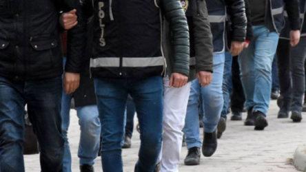 İzmir merkezli 40 ilde FETÖ'ün TSK ayağına yönelik operasyon: 44 muazzaf 214 şüpheli hakkında gözaltı ve yakalama kararı