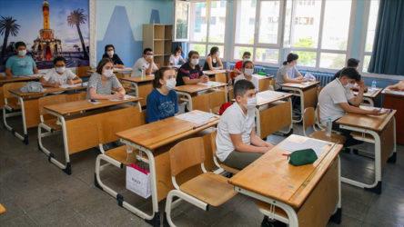 MEB'ten covid-19 genelgesi: Pozitif vaka çıkan sınıflar eğitime devam edecek