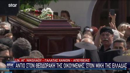 Mikis Theodorakis, Girit'te son yolculuğuna uğurlandı