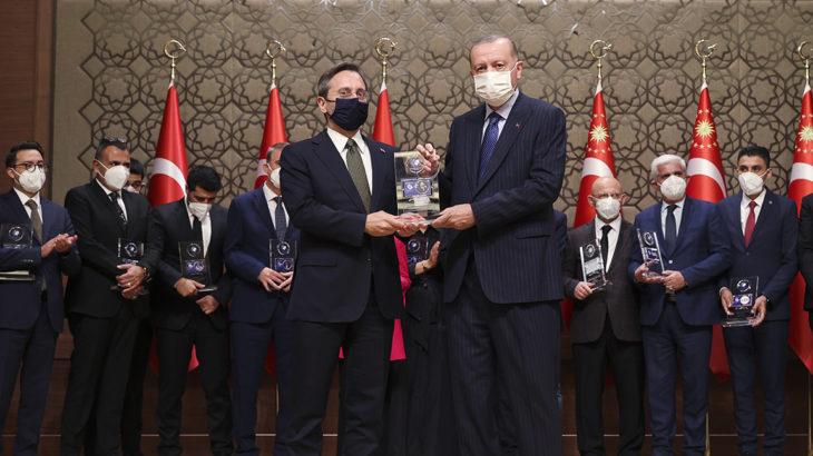 Saray'ın ödüllerini dağıtan isimden itiraf: Tarafsızlık iddiamız yok, ödülleri medeniyet anlayışımıza göre dağıttık