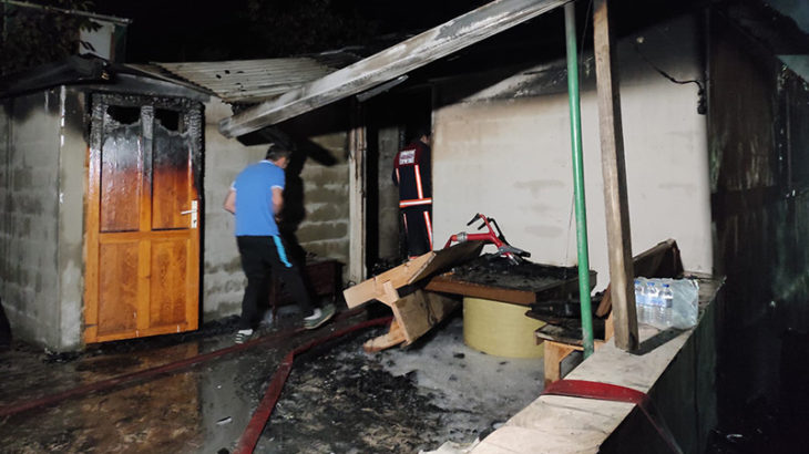 Sobadan çıkan yangında bir baba ve 3 çocuğu yaşamını yitirdi