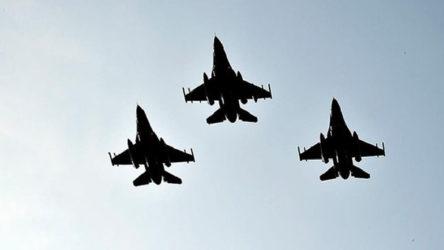 Türk jetleri NATO'nun emriyle 'önleme' uçuşunda
