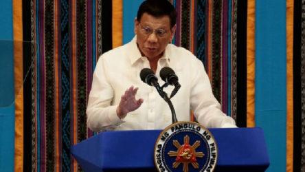 Filipinler Devlet Başkanı Duterte siyaseti bırakacağını duyurdu